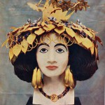 The headdress of Puabi as depicted in the late 1920s.  The headdress itself represents about two kilos of gold.