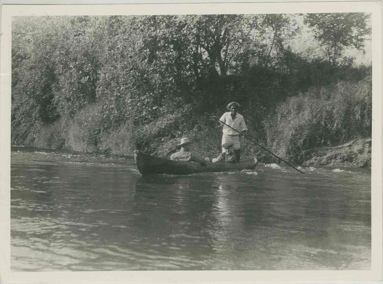 1-26-40_photograph_canoe1