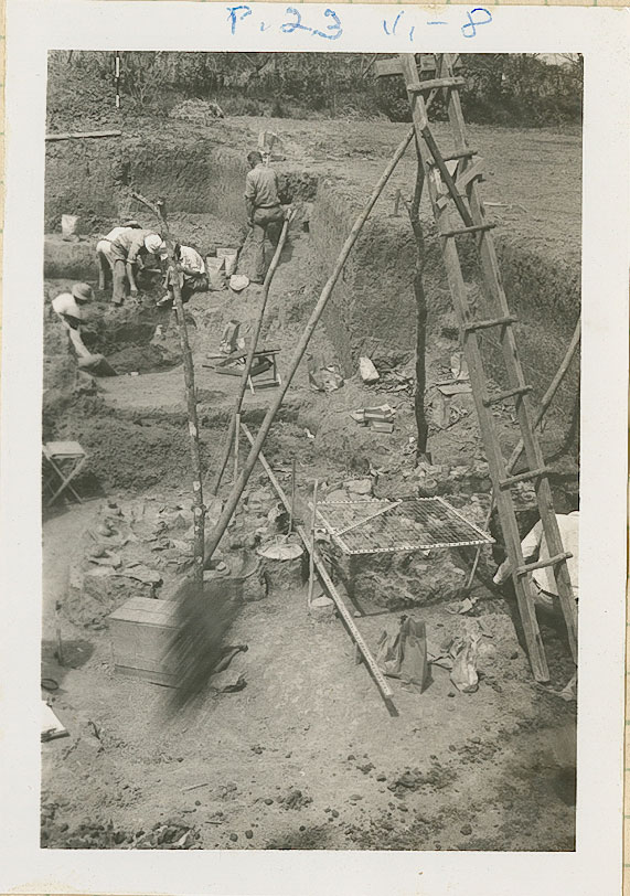 02-17-1940_photos1