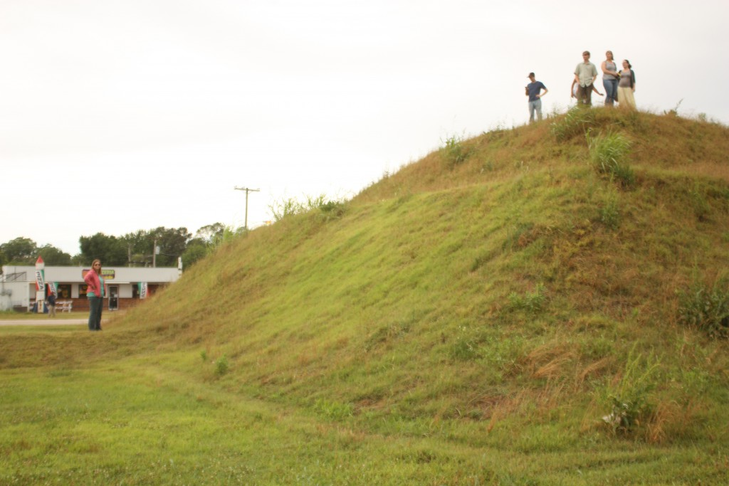 A quick stop off at the Troyville Earthworks.