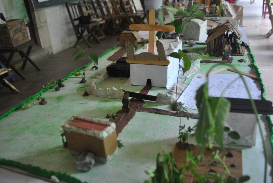 4.Close up shots of finished models of Tihosuco. Photo credit: Frances Kvietok Dueñas