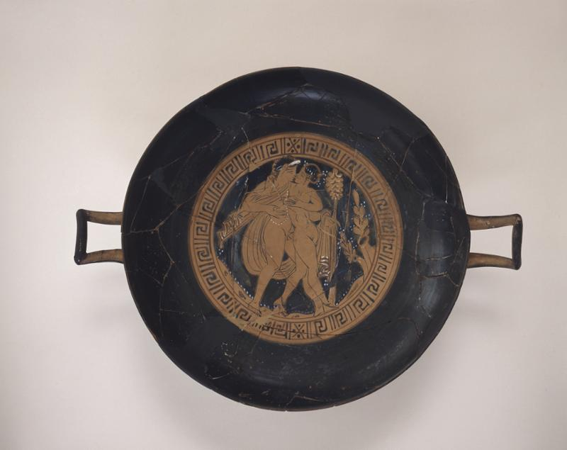 This Faliscan Red Figure kylix (cup)was found in the chamber tomboutside Civita Castellana. Thepainting on the interiorof the cup shows theembrace of Bacchusand Ariadne. UPM Image #152705.