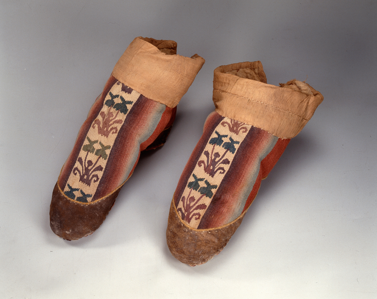 Embroidered_Boots2