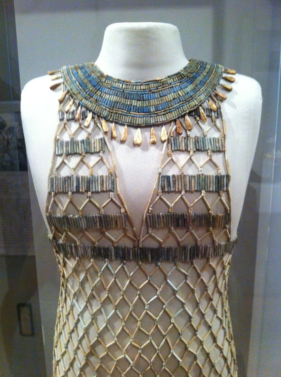 Detail of a 4th Dynasty beadnet dress (ca. 2551-2528 BCE)