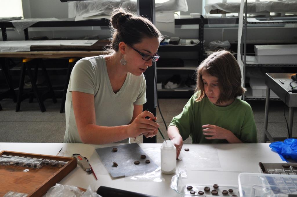 Making amulet impressions with Conservation Department pre-program intern Elizabeth Mauer