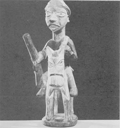 (6) Yoruba wood carving  in The American Museum of Natural History in New York City.