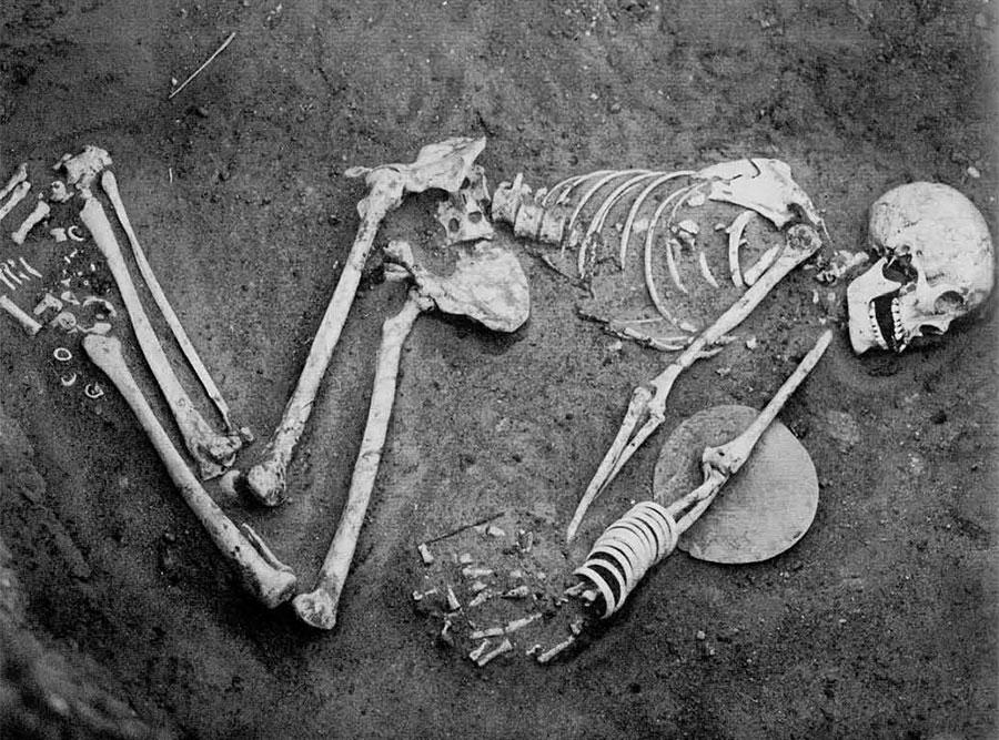 photo of skeleton in grave