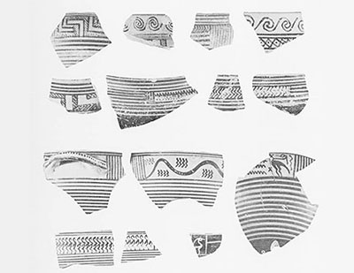 Imported pottery from the acropolis; Corinthian Late Geometric and Early Protocorinthian.