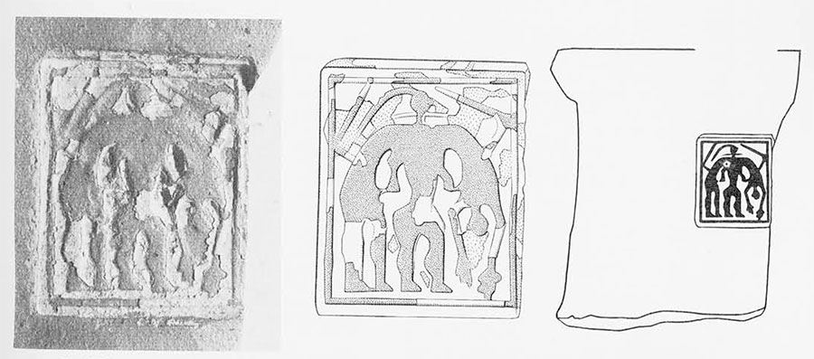 Greek Geometric seal impression on an Amphora neck: Ajax carrying the dead body of Achilles (original size 31 x 25 millimeters). From left o right: photograph, detailed drawing, schematic drawing.