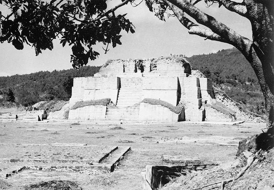 Temple 2, as seen from the east. Earlier and latest phases of construction are visible.