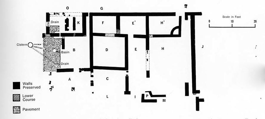Plan of the living complex with, to the right (south), corners of the other buildings in the block.