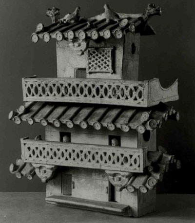 Fig.2. This early photo of the UPM Han house model shows a bracket that was incorrectly attached to the upper story; the bracket has since been removed.