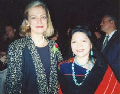 Talahongva at the United Nations with Nane Lagergren, the wife of former U.N. Secretary General Kofi Annan, 2003.