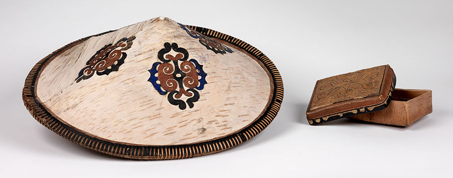 An Orochi hat and box are made of birch bark. UPM object #2003-43-71, 2003-43-26.