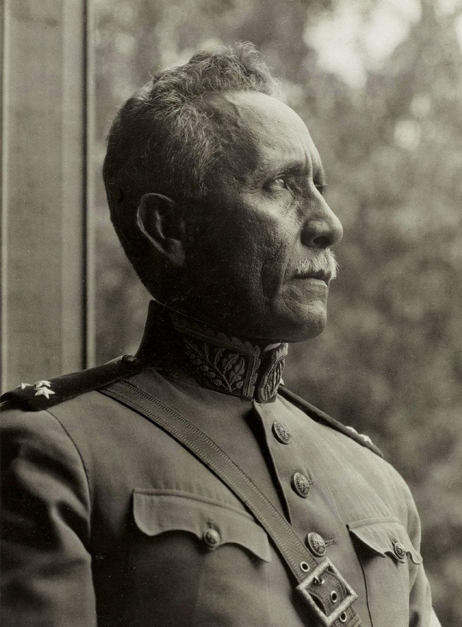 Portrait of Rondon in his uniform